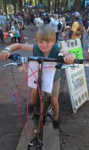 kid on ecocharger